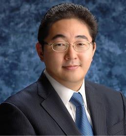 渡辺 秀和 代表取締役社長 CEO